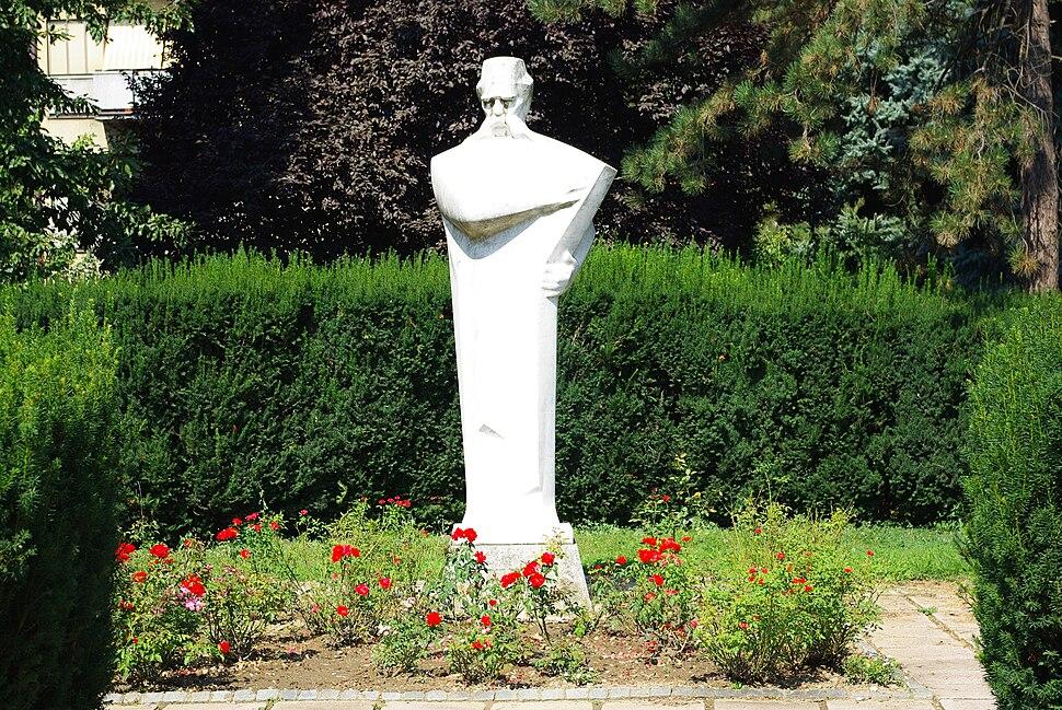 Statue of Vuk Stefanovic Karadjic