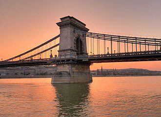 Széchenyi Chain Bridge - Image: Sunset over the Danube Budapest joiseyshowaa