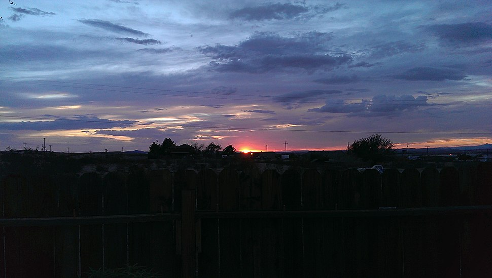 Sunset over the Mojave in January.jpg