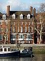 Swan House, Chelsea Embankment.jpg