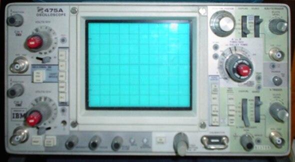 Tektronix 475A oscilloscope