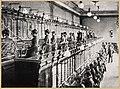 Telefonzentrale mit Klappenschalter Frankfurt vor 1900.jpg