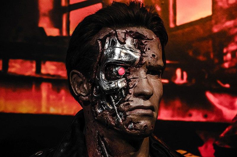 File:Terminator in Madame Tussaud London (33465711484).jpg