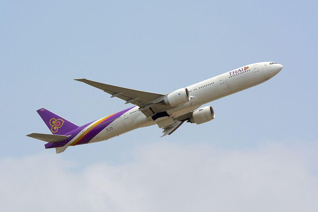 File:Thai Airways, Boeing 777-300ER, HS-TKQ - NRT.jpg
