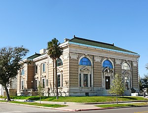 Rosenberg Library - The oldest free public library in continuous operation in Texas.
