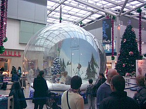 The Snow Globe! The kids' entertainment this y...