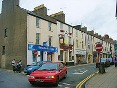 The north-western end of Pwllheli's High Street - geograph.org.uk - 678061.jpg