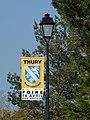 Thury-FR-89-lampadaire pavoisé-a2.jpg