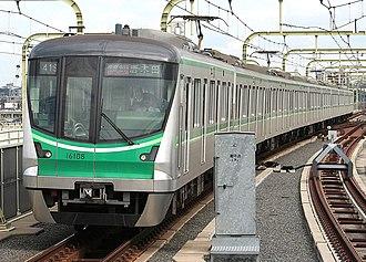 Tokyo Metro 16000 series - Image: Tokyo metro 16108