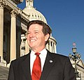 Tom DeLay on the steps of the Capitol Building.jpg