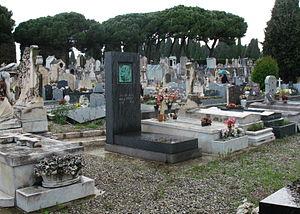 Arnold Zadikow - Image: Tomb of Magnus Hirschfeld, Caucade Cemetery (Nice, France)