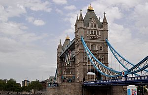 Tower Bridge with 2012 Olympic Rings.JPG