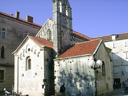 Trogir, kostel sv. Jana Kritele, 11. stol.jpg