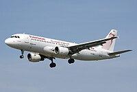Tunisair.a320-200.ts-ime.arp.jpg