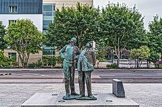 Oisín Kelly Irish sculptor