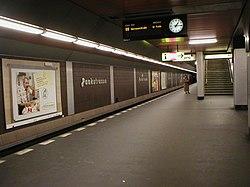 U-Bahn Berlin Pankstraße.JPG