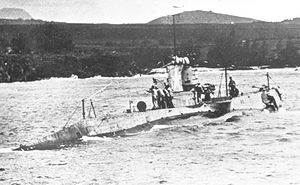 USS R-13 (SS-90) - USS R-13