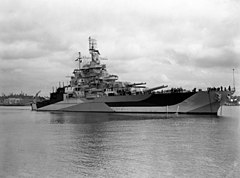 USS West Virginia w lipcu 1944 r.