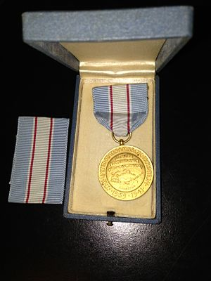 United States Antarctic Expedition Medal - Image: United States Antarctic Expedition 1939 1941 Gold Medal