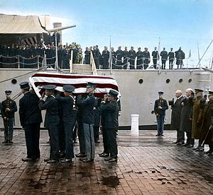 Tomb of the Unknown Soldier (Arlington) - The World War I Unknown arriving at the Washington Navy Yard, 1921 (colorized)
