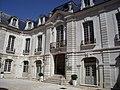 Vieux tours, palais du commerce.jpg