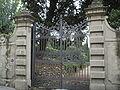 Villa sassetti cancello.JPG