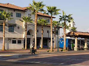 Visalia Bus Transit Center 2013.jpg
