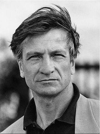 Vittorio Mezzogiorno - Vittorio Mezzogiorno in 1989