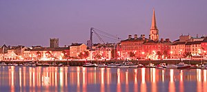 English: Waterford city at night Image of Wate...