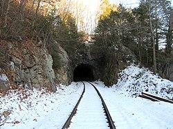 West portal of Taft Tunnel, December 2017.JPG