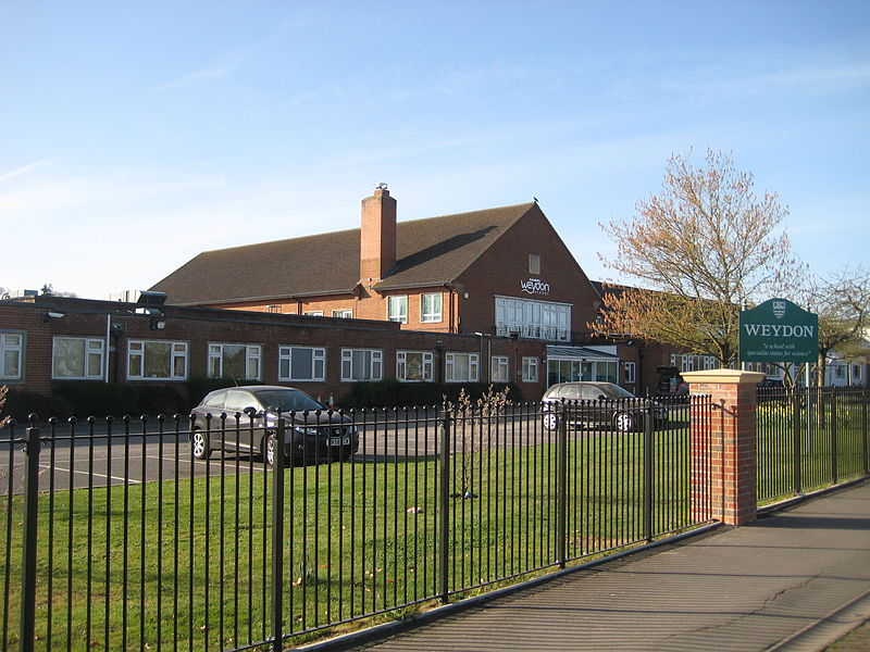 File:Weydon School.jpg