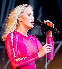 Zara Larsson Stavernfestivalen (204035).jpg