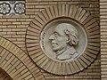 Zaragoza - Antigua Facultad de Medicina - Medallón - Mayer.jpg