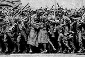 Northumberland Fusiliers Memorial - Image: 'The Response', World War I Memorial, Barras Bridge (detail) geograph.org.uk 1766135