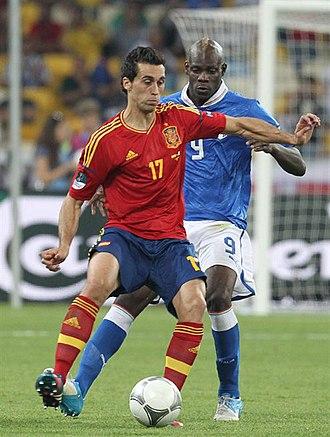 Álvaro Arbeloa - Arbeloa on the ball during the Euro 2012 final