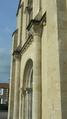 Église Saint-Romain de Curzon (vue oblique de la façade).png