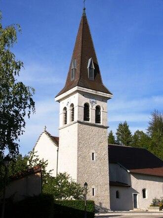 Arbent - Image: Église Saint Laurent Arbent 20040815