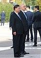 Ο ΥΠΕΞ Ν. Δένδιας στην κατάθεση στεφάνου στο μνημείο του Άγνωστου Στρατιώτη από τον Πρόεδρο της Κίνας Xi Jinping (49048969538).jpg