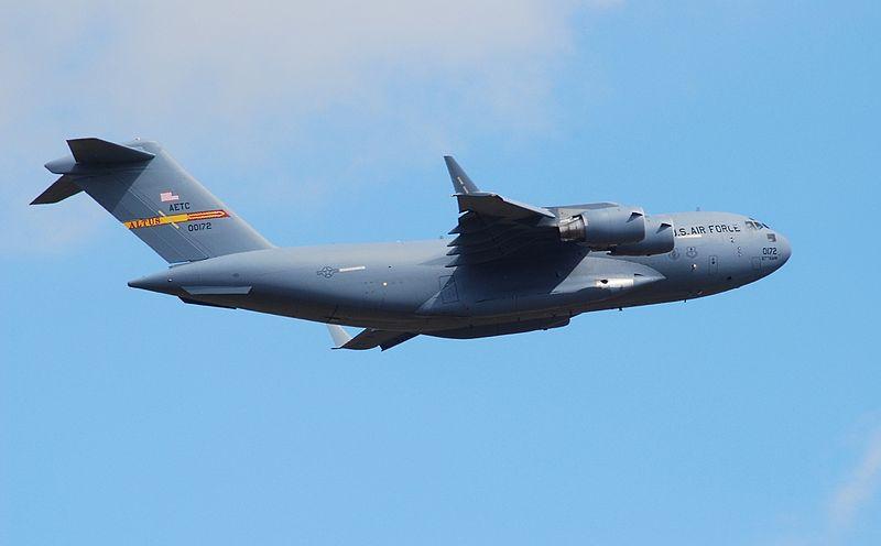 File:00-0172 at RAF Fairford 2010 (8099964837).jpg