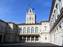 008CortileQuirinale.jpg