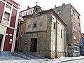 104 Capella de la Soledad, c. Soledad 2 (Cimavilla, Gijón), des del c. Artillería.jpg