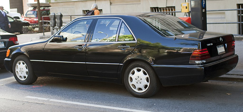 File 1992 mercedes benz wikimedia commons for Mercedes benz car names