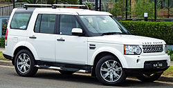 2009-2010 Land Rover Discovery 4 TDV6 SE wagon 01.jpg
