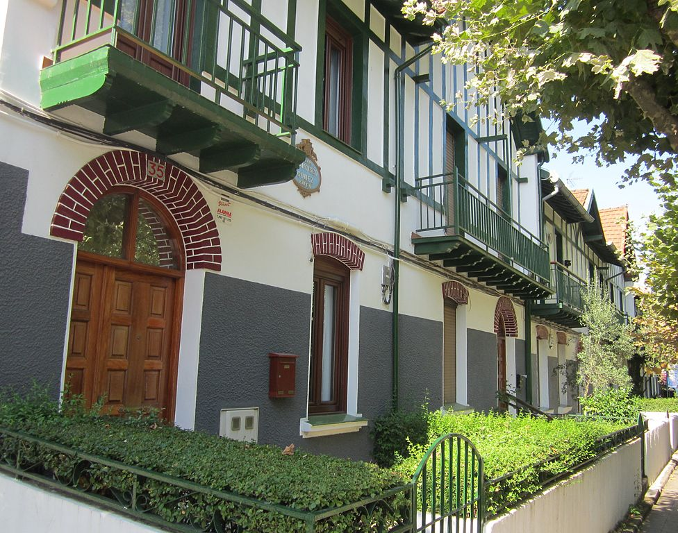 File 2012 08 08 barakaldo casas baratas wikimedia for Casetas economicas