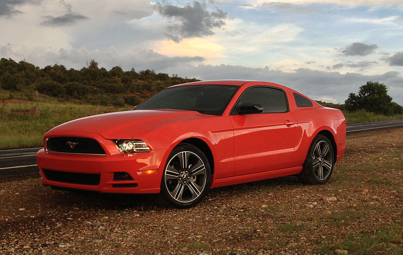 File:2013 Mustang V6 Performance Package blueck.jpg
