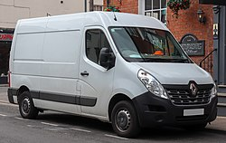 2015 Renault Master Mm35 Business DCi 2.3 Front.jpg