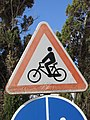2018-02-04 Beware of cyclists road sign, Albufeira.JPG