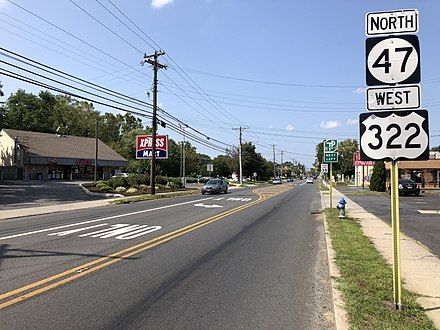 US 322 and Route 47 in Glassboro 2018-08-26 14 31 16 View west along U.S. Route 322 and Gloucester County Route 536 and north along New Jersey State Route 47 (Delsea Drive) at Gloucester County Route 689 (New Street) in Glassboro, Gloucester County, New Jersey.jpg