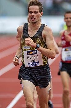 2018 DM Athletics - 5000 meter run men - Sebastian Hendel - by 2eight - DSC8998.jpg