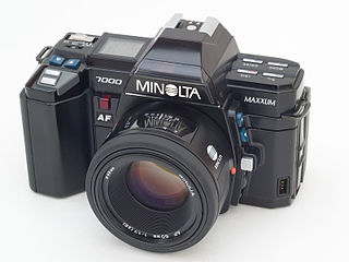 Minolta Maxxum 7000 35mm SLR camera model
